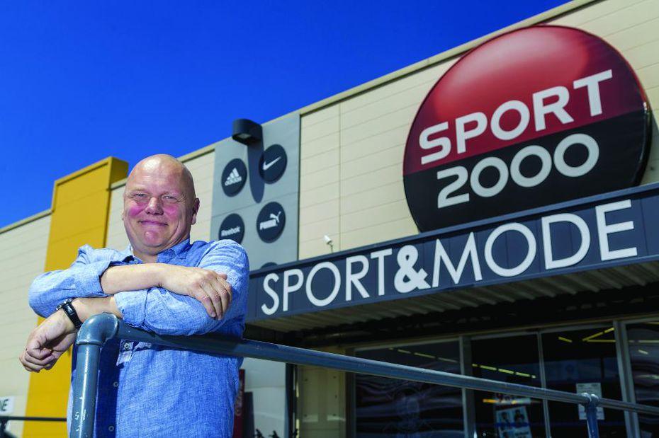 sport 2000 pr pare l avenir sport articles sportifs. Black Bedroom Furniture Sets. Home Design Ideas