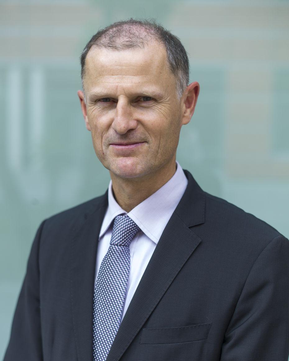 <b>Eric Sauvage</b>, secrétaire général de Carrefour France: - 000183150_illustration_large