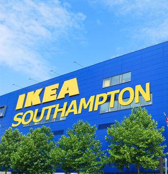 Ikea se lance dans la vente de panneaux for Ikea miroirs au royaume uni