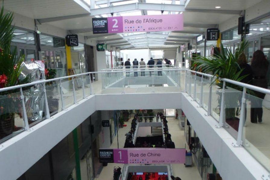 Trois niveaux sp cialis s - Centre commercial porte d aubervilliers ...