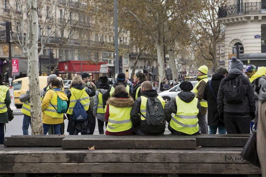 """Résultat de recherche d'images pour """"gilets jaunes, un an déjà"""""""