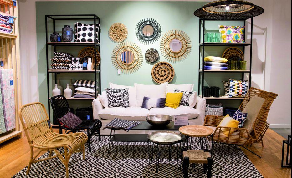 la redoute revient aux magasins physiques meubles. Black Bedroom Furniture Sets. Home Design Ideas