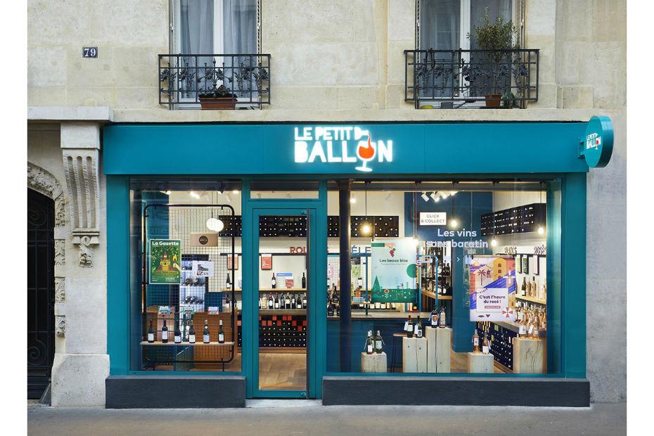763140c4f86 Le Petit Ballon a ouvert sa boutique dans le 15ème arrondissement de Paris.