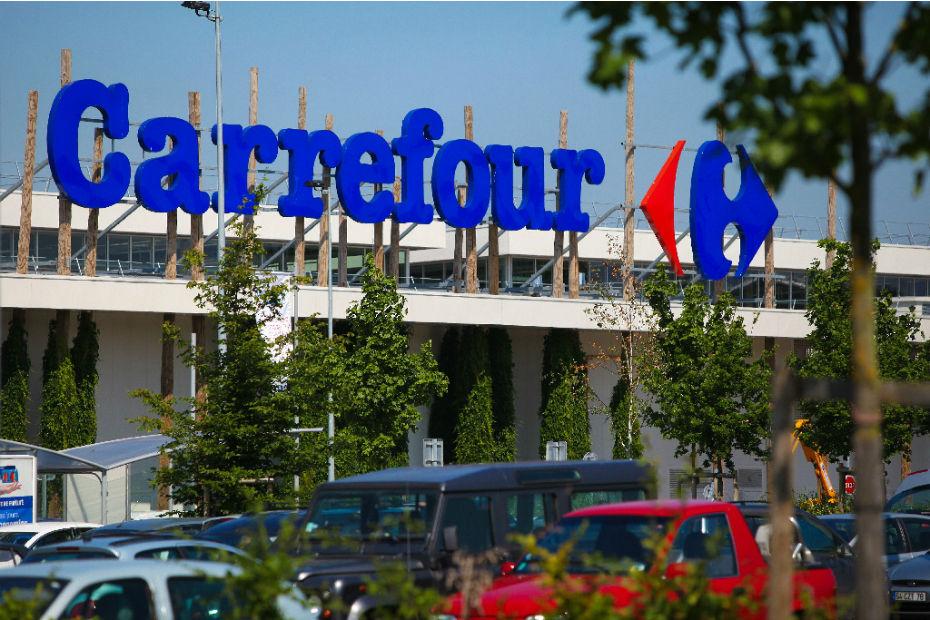 La famille Moulin possède désormais un peu plus de 10% du capital de Carrefour, et deux sièges au conseil d'administration