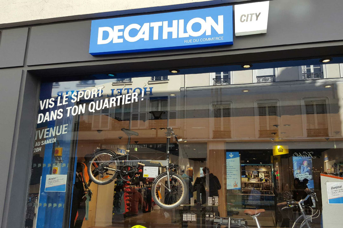 decathlon teste le magasin de quartier dans paris. Black Bedroom Furniture Sets. Home Design Ideas