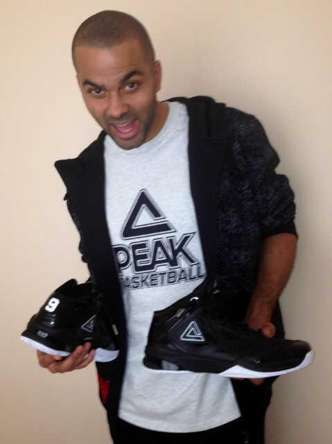Parker Textile Le Rejoindre Pour Nike Tony Habillement Abandonne RwOxCHHq