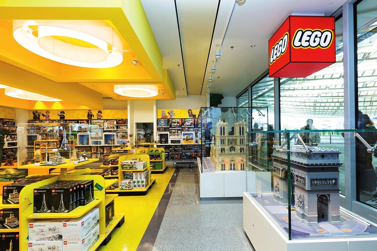 Lego se scinde en deux pour mieux g rer sa marque for Jouetstore