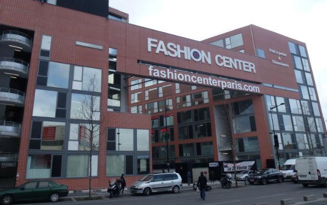 fashion center les photos du plus grand. Black Bedroom Furniture Sets. Home Design Ideas