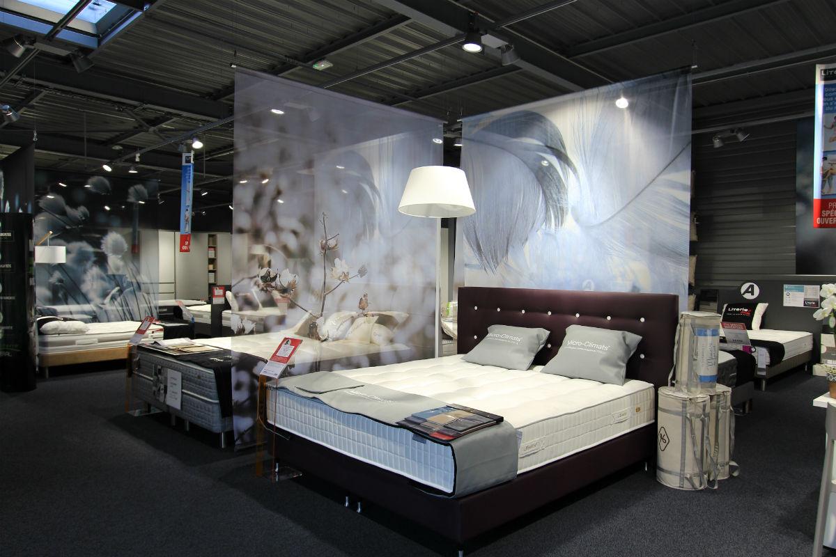 atlas s 39 aventure sur la literie. Black Bedroom Furniture Sets. Home Design Ideas
