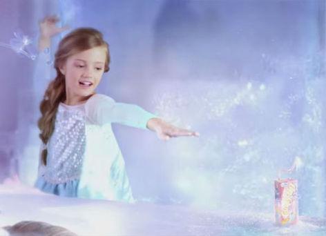 la reine des neiges personnage emblmatique des productions disney