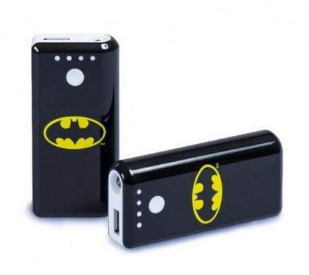 la batterie de secours pour smartphone batman de moodz. Black Bedroom Furniture Sets. Home Design Ideas
