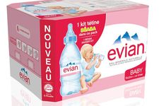 Evian Baby: Evian s'adapte aux bébés