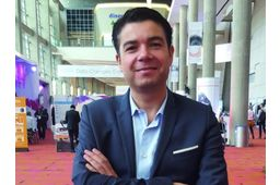 DevLabs appartient à la Stime, société détenue à 100% par les Mousquetaires, qui gère le département informatique. Elle est née de la fusion du service business intelligence et analytics, en septembre 2015.