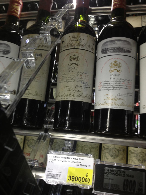 300 euros la bouteille et juste une pipe 2