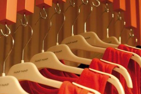 8fc44ec4048fe4 Naf Naf : L'actualité des boutiques de mode pour femmes - LSA Conso