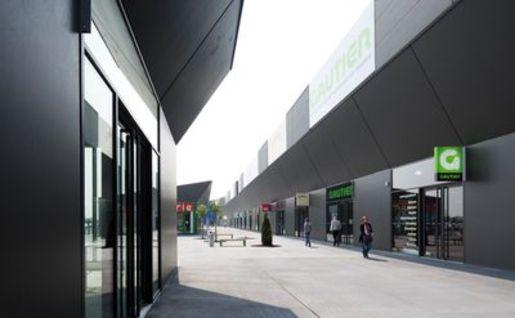 Un Deuxi 232 Me Centre Inter Ikea 224 Reims Thillois