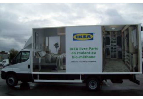 avec ses camions biom thane ikea effectue. Black Bedroom Furniture Sets. Home Design Ideas