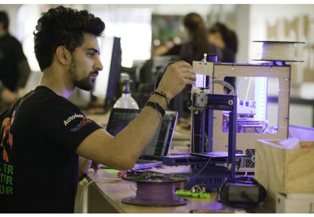 Economie collaborative : Leroy Merlin va déployer des fab lab de 2000 m2