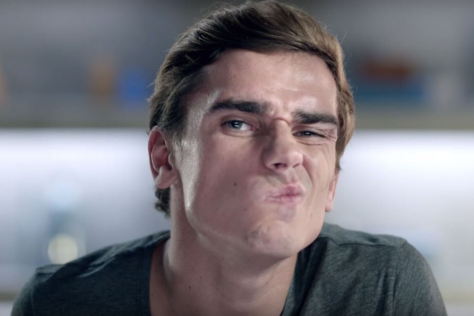 antoine griezmann grimace pour gillette vid os. Black Bedroom Furniture Sets. Home Design Ideas