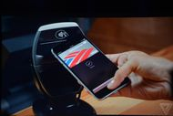 Apple Pay va-t-il détrôner PayPal ?