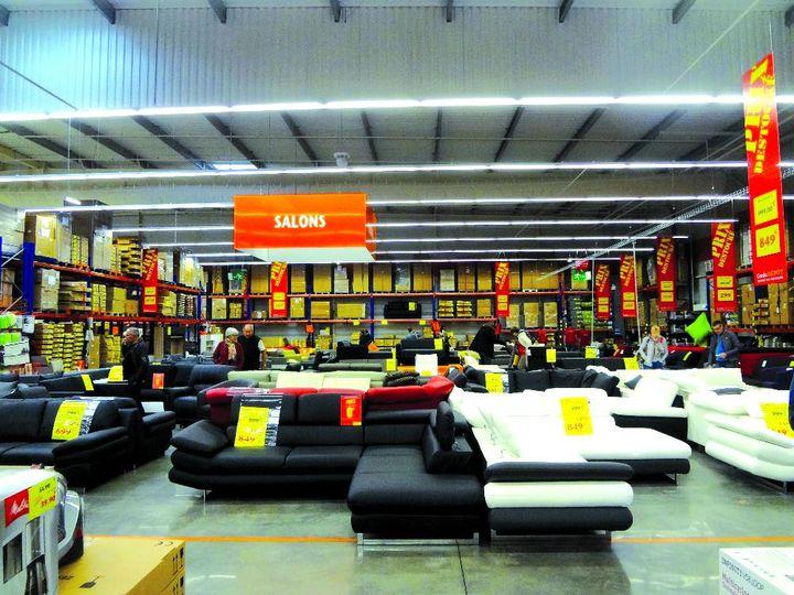 confo d p t l 39 arme discount de conforama meubles. Black Bedroom Furniture Sets. Home Design Ideas