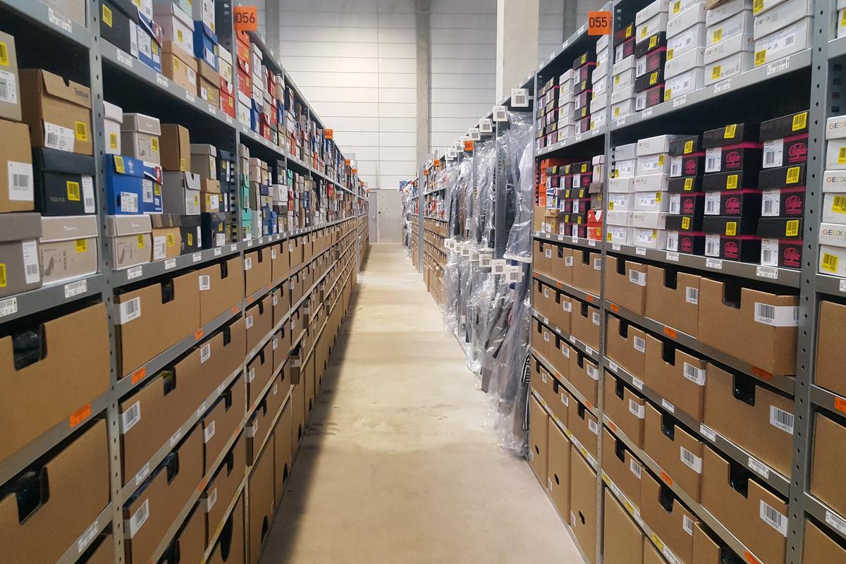 Zalando inaugure un hub logistique en France