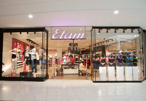 Etam est la première marque citée par les femmes pour les achats de lingerie . 8c6ee461298