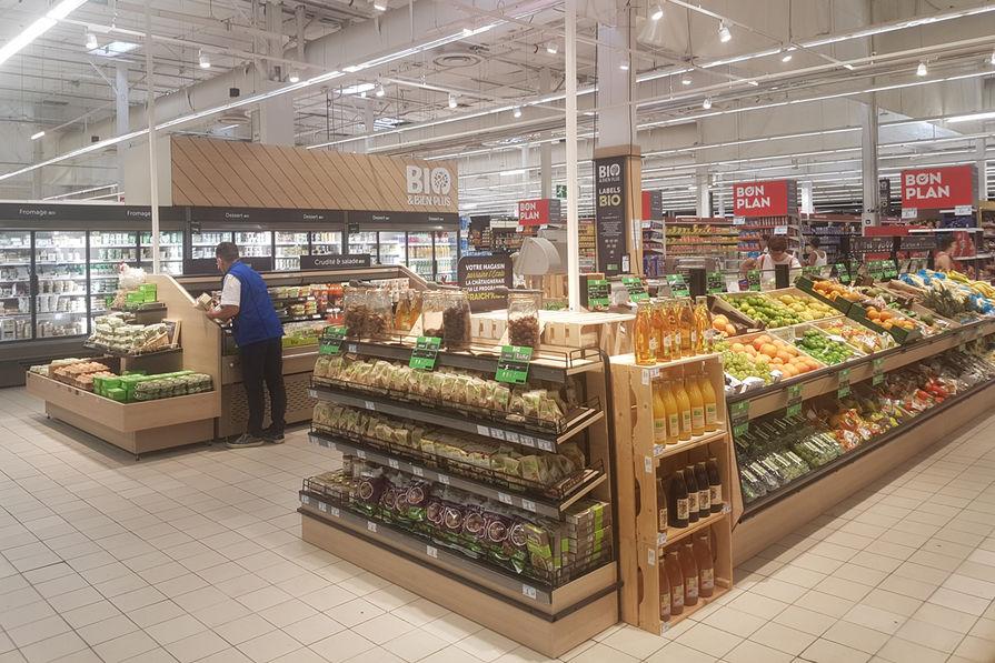 59ee34ffe4f Carrefour déploie un shop in shop bio de 550...