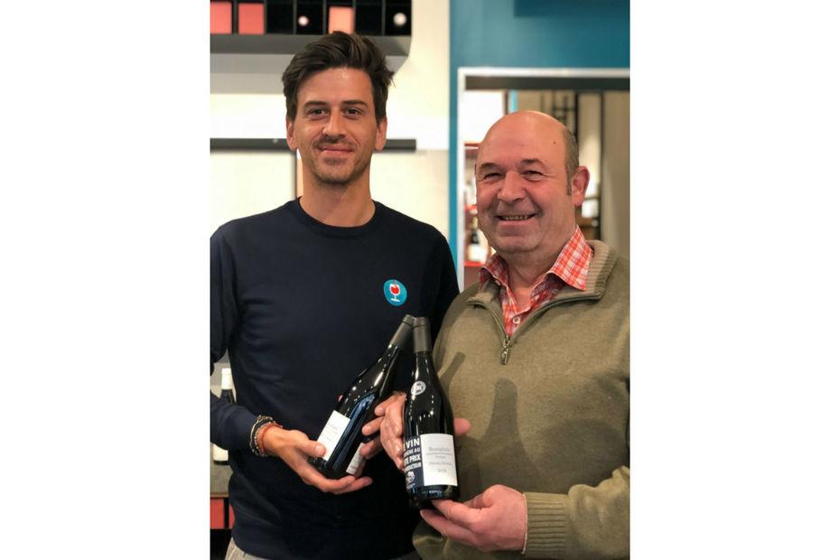 Martin Ohanessian, cofondateur du Petit Ballon en 2011, et le viticulteur en Beaujolais, Pierre Marie.