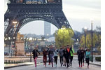 6 000 coureurs ont participé à l'adidas Boost Battle Run.