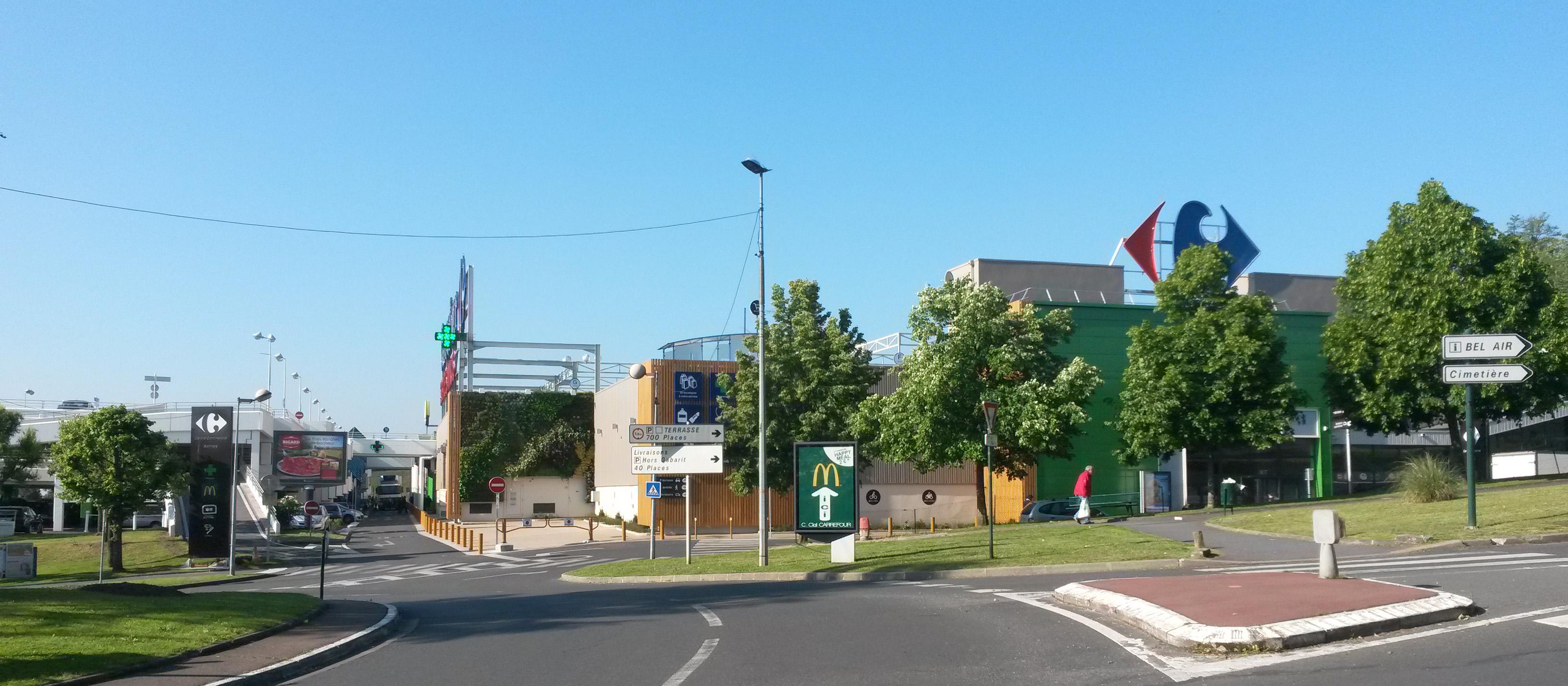 Nouveau départ «à neuf» pour le centre commercial Carrefour de Sannois