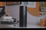 L'enceinte Echo intègre l'intelligence artificielle Alexa d'Amazon.