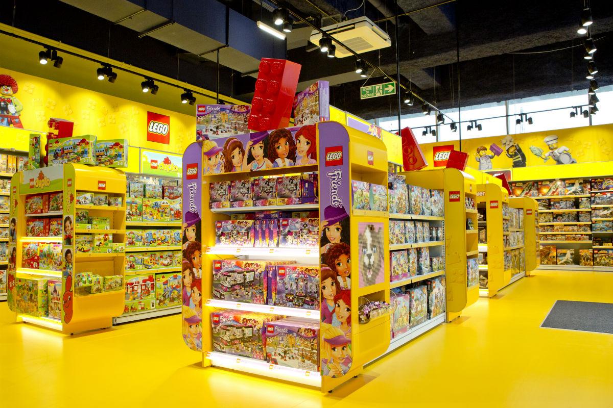 Les ventes de jeux et de jouets en l g re loisirs culture - Grand magasin de jouet a londres ...
