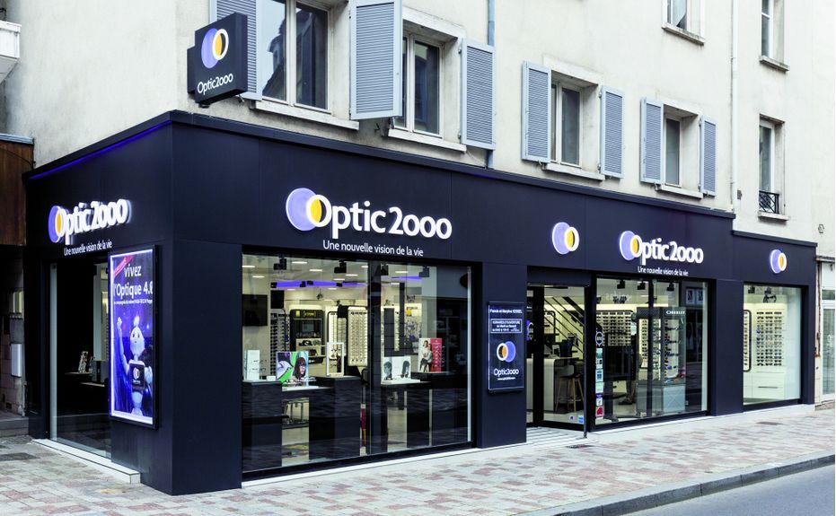826a6b7fc5 Une image accueillante Optic 2000, avec ses 1?200 points de vente en France