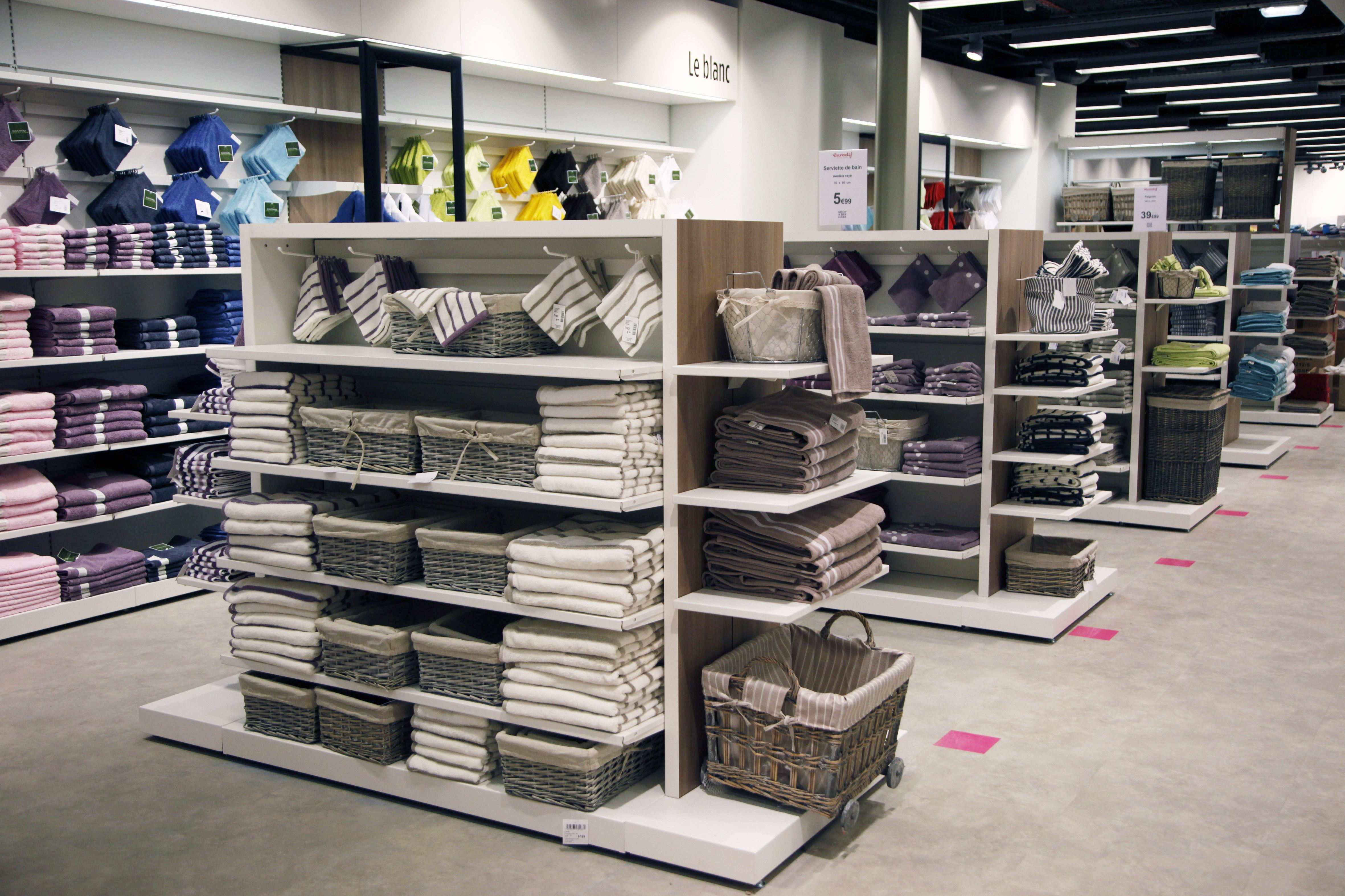 eurodif montre les fondamentaux de la. Black Bedroom Furniture Sets. Home Design Ideas