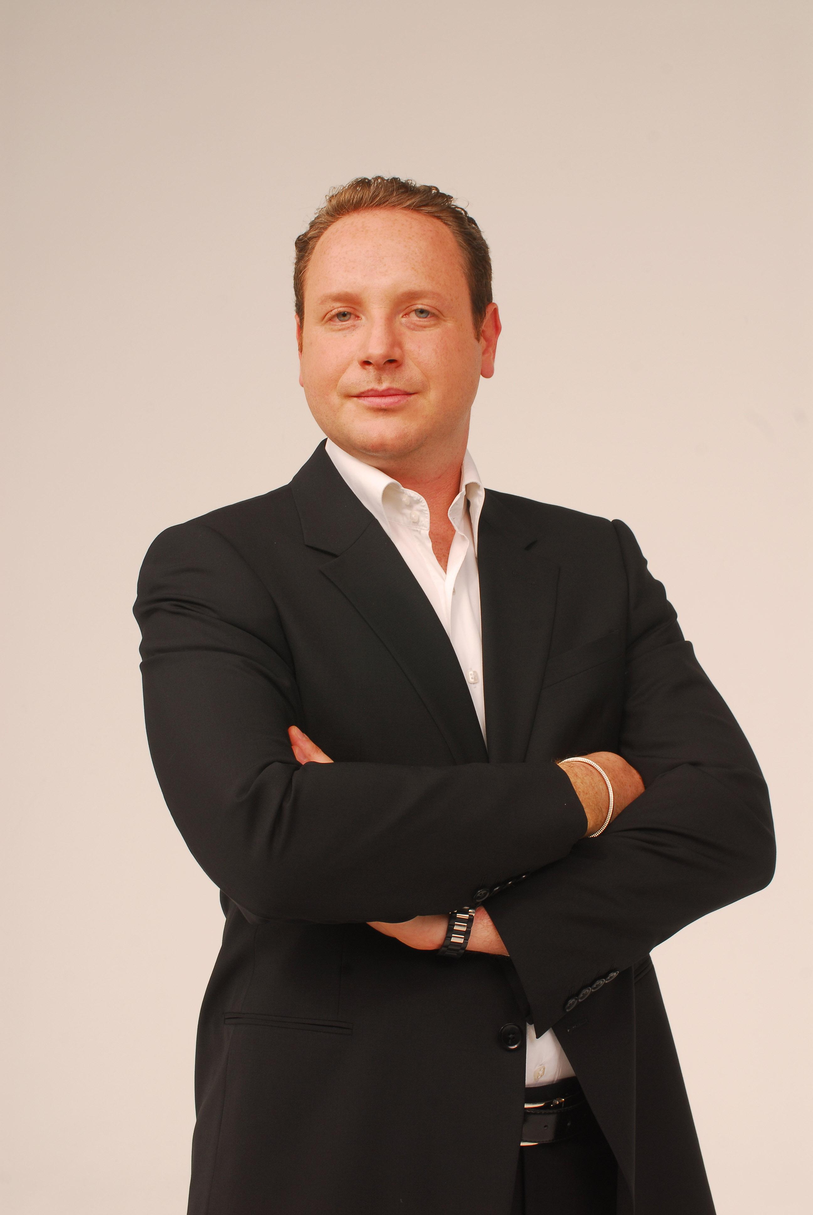 Marc Dorcel prévoit douvrir 50 boutiques