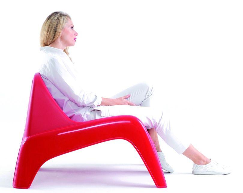 Carrefour conçoit un fauteuil design à prix...