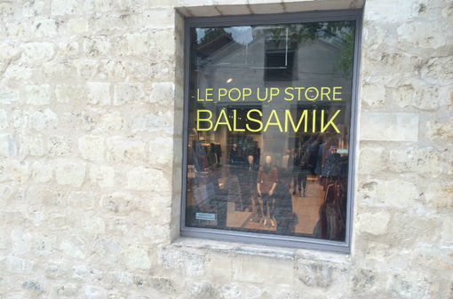 "Balsamik dispose d'une boutique ""en dur"" à Paris-Bercy Village, jusqu'au 28 novembre 2015."