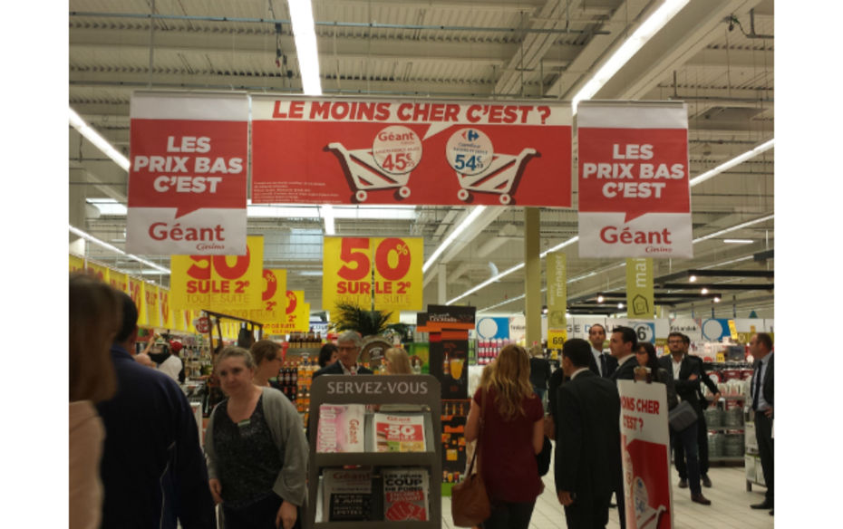 Entree  geant casino Angers