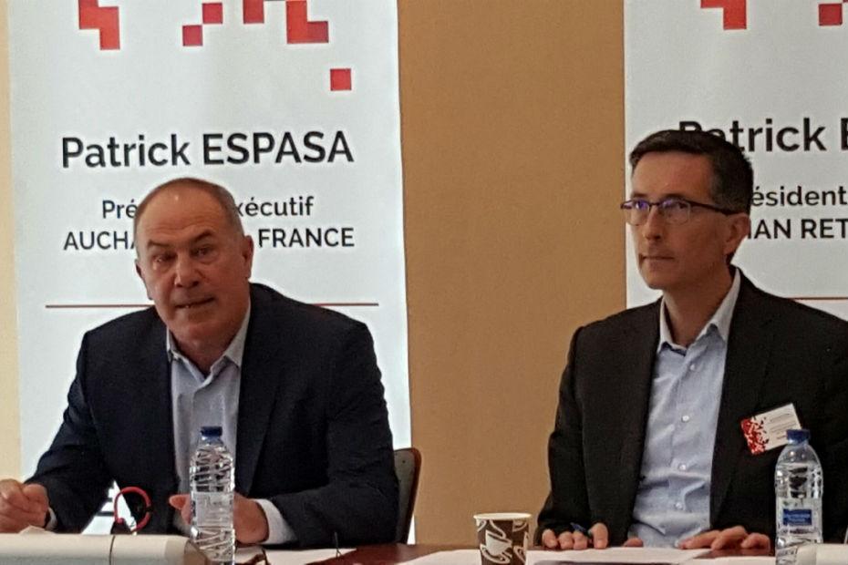 Patrick Espasa (à gauche) président exécutif d'Auchan Retail France, installe le projet de convergence d'enseignes. Il vient de procéder à plusieurs nominations pour coller à cette nouvelle organisation, dont celle d'Emmanuel Zeller (à droite) qui devient patron de la branche proximité.